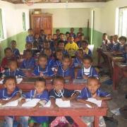 2013 Classe école privée (gérée par les sœurs) dans village de brousse