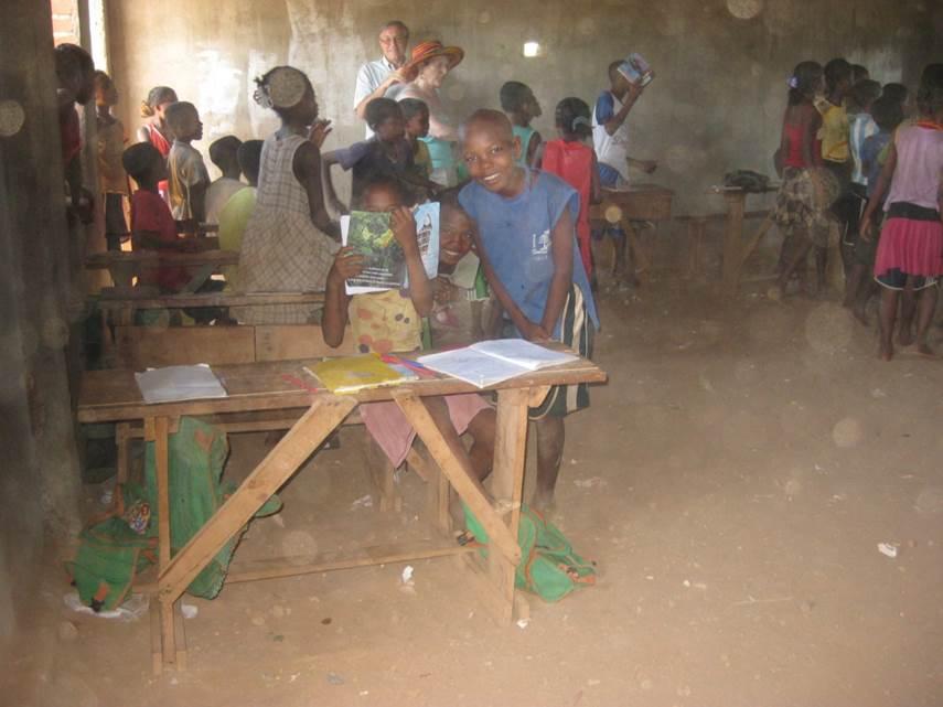 2013 Classe école publique dans un village de brousse