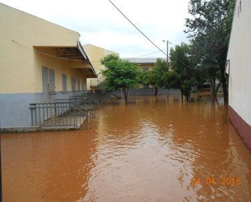 2015 Inondation suite au cyclone à MIANDRIVAZO -Le lycée St Pierre