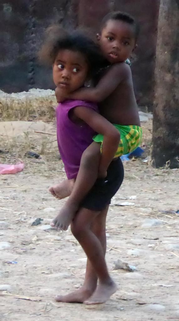 2015 Mada enfants 050_redimensionner