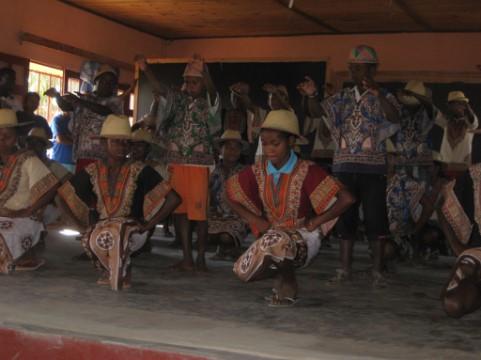 5 Chants et danses des élèves