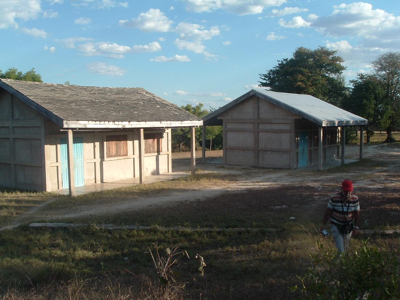 2009 MALAIMBANDY 2 classes qui feront l'objet d'agrandissement