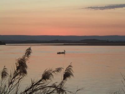 Couché de soleil sur la rivière de MIANDRIVAZO