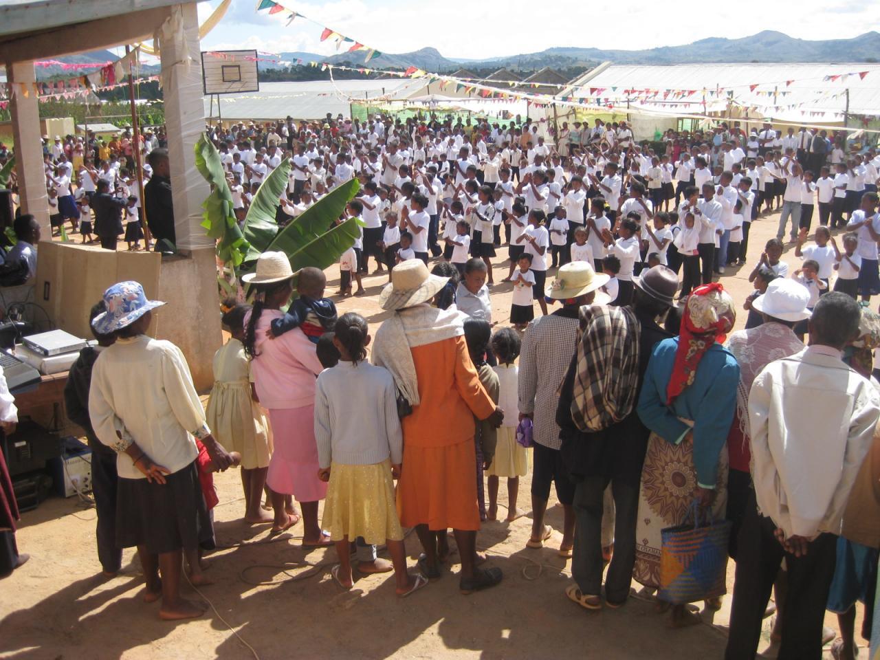 Fête de l'école à AMBOHIMAHAZO