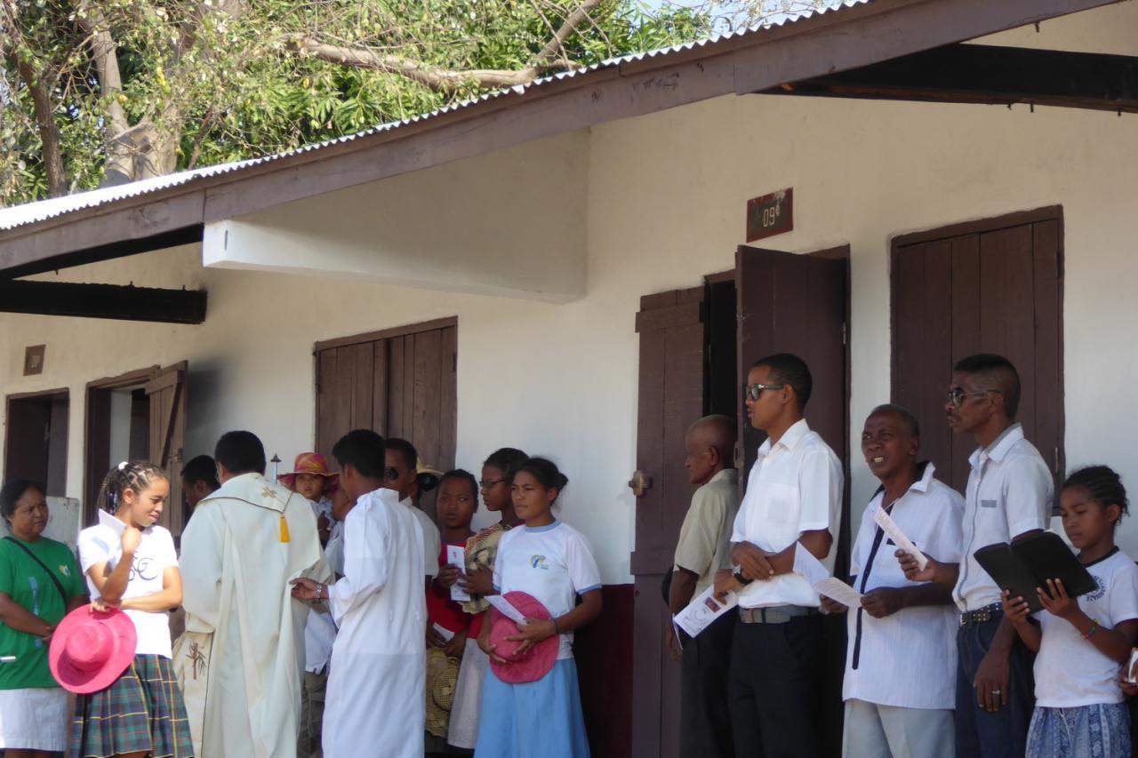 2015 Inauguration de l'école d'Ampanasana