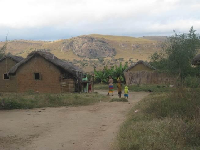 SAKALALINA Le village