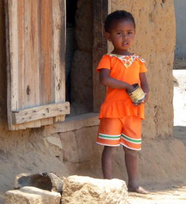 2015 mada enfants 036 redimensionner